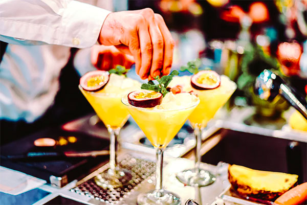 cocktails - Great Sports Bars Menus and Drinks